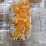Bánh mì phomai chảy thêm trứng muối 60k