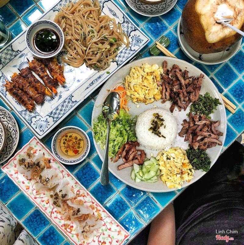 Bữa cơm ở Hoa Hiên
