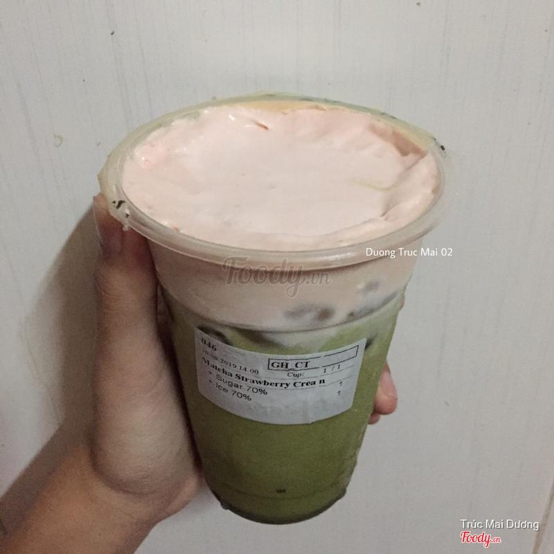 Matcha Strawberry Cream