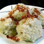 xôi khúc ( thịt ba rọi + đậu xanh + gạo nếp + hành phi muối mè )