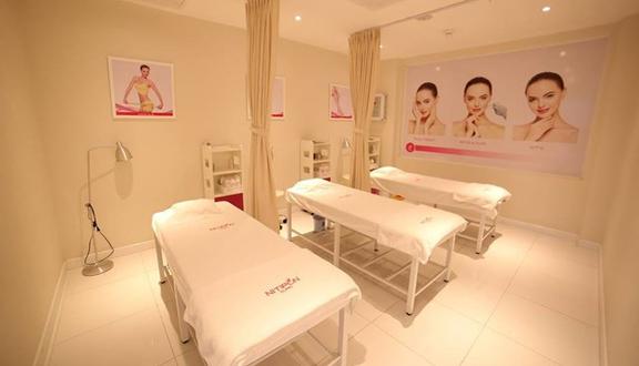 Nitipon Clinic Việt Nam - Mạc Thị Bưởi