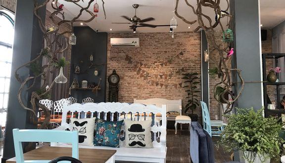 Kafe Lori