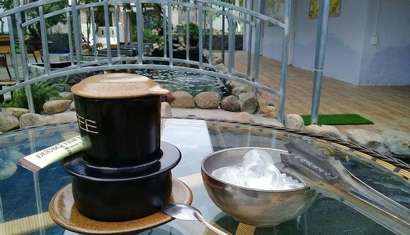 Thôi Kệ Cafe Sân Vườn