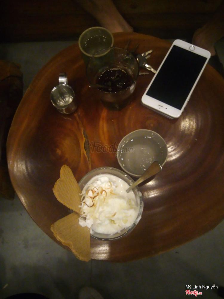 Rustic House - Drink & Dessert ở Hà Nội