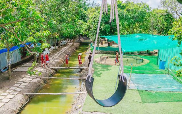 Thu Com Playground