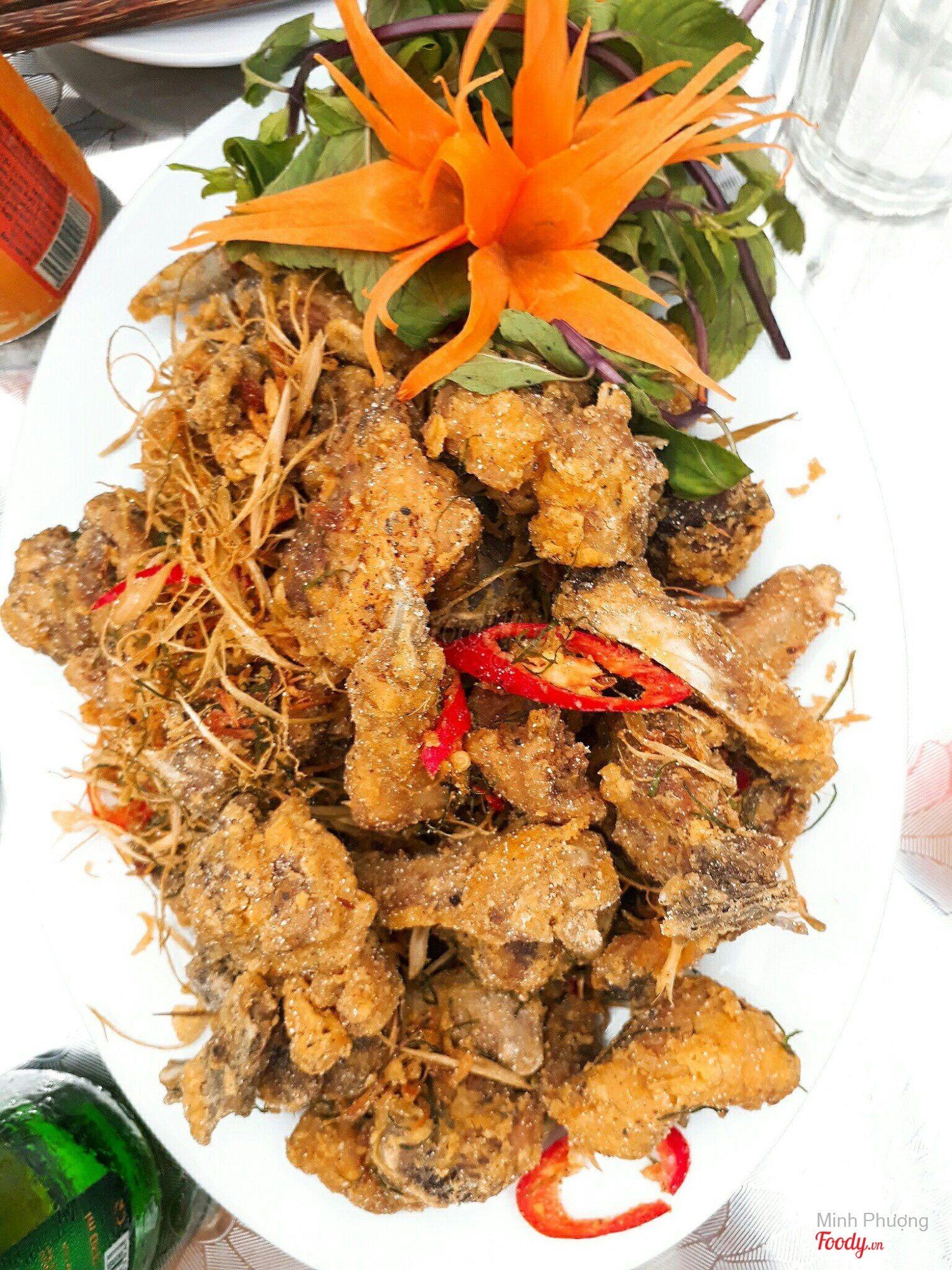 Thịt vịt rang muối - Châu Nguyễn