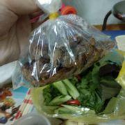 Chả + thịt ăn bún chả