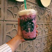 Akai mixed berry yogurt
