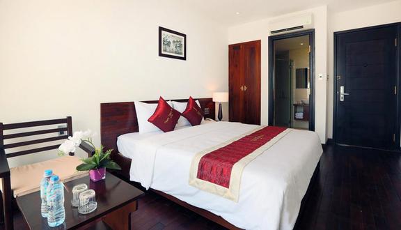 White Sand II Hotel