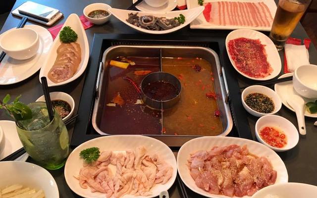 Hutong - Hot Pot Paradise - Lê Thánh Tông