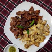 Thịt nướng (nướng ở dưới)