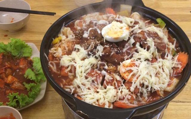 Muyng Kun House - Korean Food & Drinks