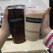 Hừmmmm))) always rate ở đây 10points nhưng hum nay thất vọng quá))) gọi trà oolong hoa hồng kem chesse hẳn hoi mà có mỗi trà:):):):) Nhưng trà cũng thơm trân châu ưng nhưng hơi sweet