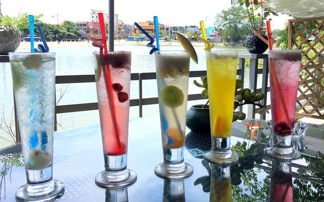 Garden River Cafe