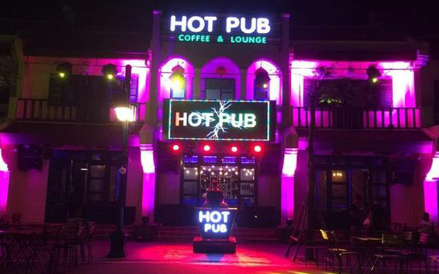 Hot Pub - Cafe & Lounge