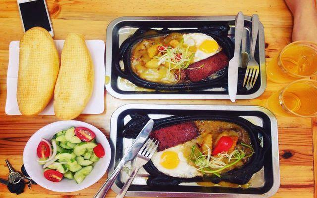 Việt Xô Steak - Bò Bít Tết & Lẩu Bò Nhúng Dấm