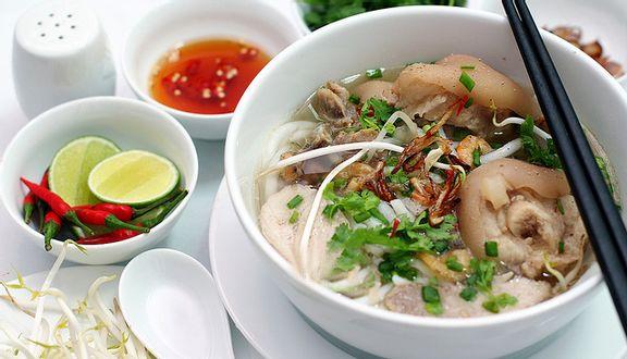 Bánh Canh Giò Heo - Cư Xá Phú Lâm A