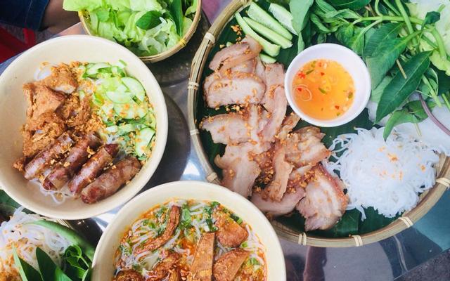 Mẹt Chả Giò Cá Hoàng Minh Châu - Nguyễn Sơn Hà