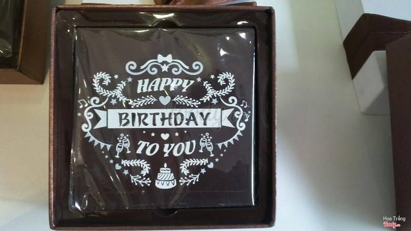 Mua về tặng sinh nhật bạn thân