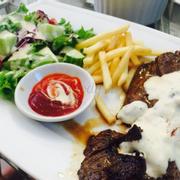 Steak sốt kem nấm