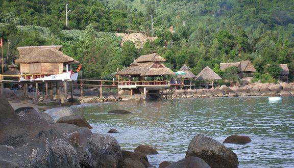 Suối Rạng - Nhà Hàng & Du Lịch Sinh Thái