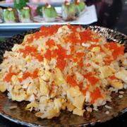 cơm chiên trứng cá hồi