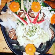 Đồ ăn lẩu nấm hải sản