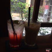 Matcha shake và soda dâu