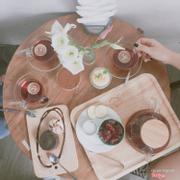 Quán có view nhìn ra Hồ Tây rất đẹp, decor xinh chuẩn style Hàn Quốc )))))) Trà bánh rất ngon, nhân viên lịch sự!!! Sẽ quay lại <3