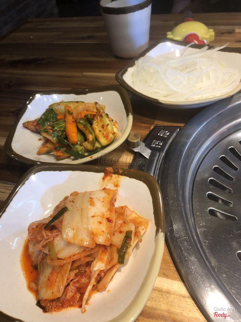 Panchan rất vừa ăn. Hợp khẩu vị của người lớn khó ăn chẳng hạn như mom của mình.
