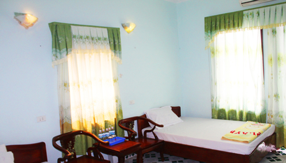 Trường Giang Hotel