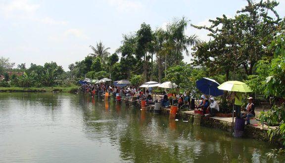 Thanh Long Quán - Hồ Câu Thể Thao