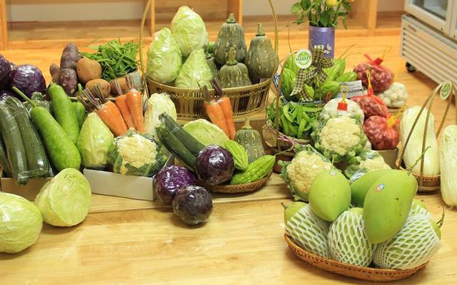 LiveFoods Market - Trần Hưng Đạo