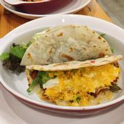 Tacos bò ngon, nhưng cay