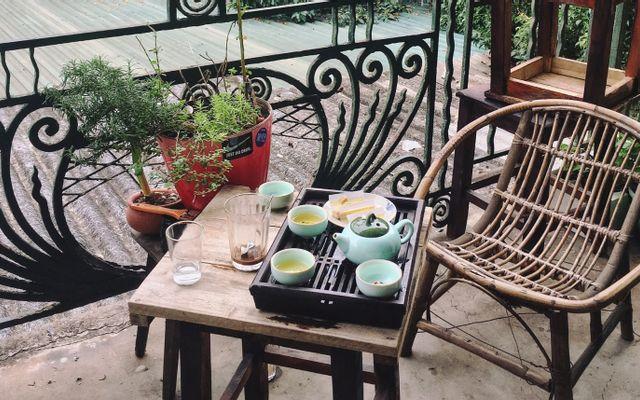 Cầm - Quán Nhạc, Sách & Cà Phê - Sixty Square