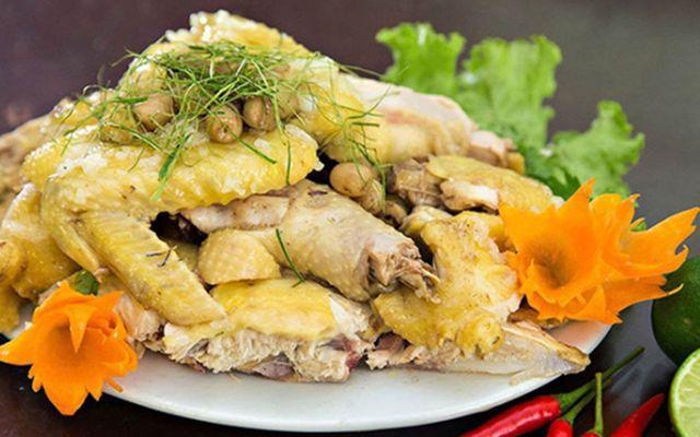 Quán Ăn Gia Đình Phương Dung - Gà Hấp Lá Chanh & Vịt Rang Muối