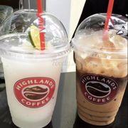 Đá Chanh Xay? (Mình nhớ không rõ tên lắm), và Phin Coffee hoặc Cà Phê