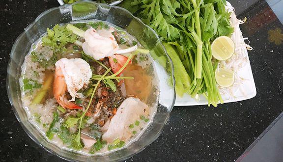 Hủ Tiếu Nam Vang Liến Húa - Đào Cam Mộc
