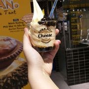 Cheese Ice Cream With Bubble