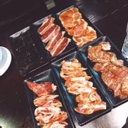 Nguyên liệu đẫm sốt tại PPs buffet 30 Phan Chu Trinh