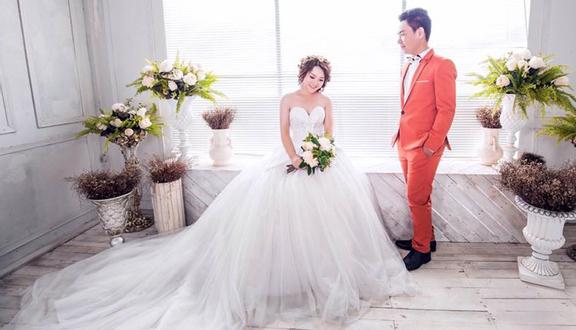 Trịnh Hiền Bridal - Makeup & Áo Cưới