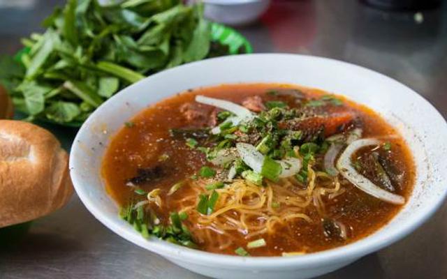 Chị Hương - Hủ Tiếu Bò Kho