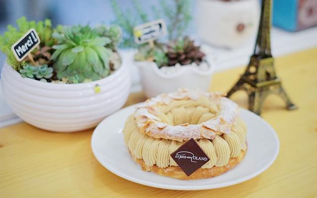 Le Petit Roland - Cafe & Bánh Pháp