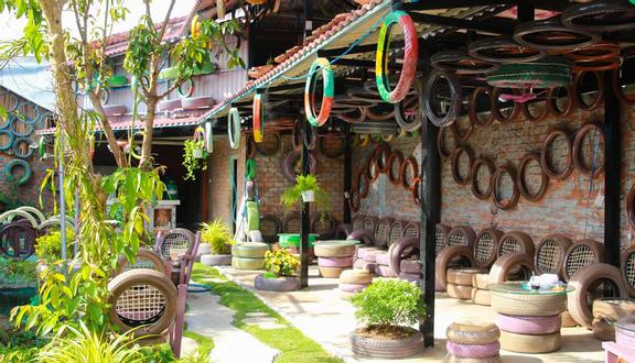 Quỳnh Tường - Cafe & Điểm Tâm