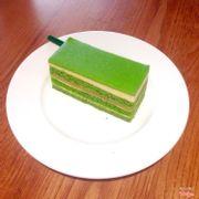 Mango green tea cake
