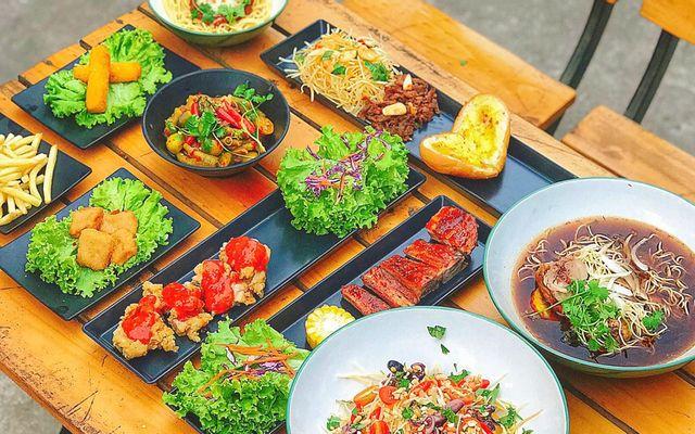 Cậu Bờm - Sườn BBQ, Bò Né Thố & Bánh Mì Thịt Nướng - Võ Thị Sáu