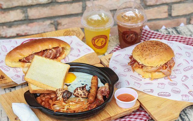 IVO DELI - Burger - Pizza & Gelato