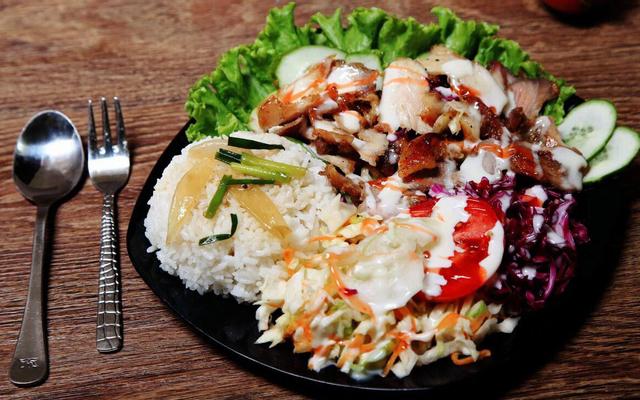 Bánh Mì Doner Kebab 1995 & Cơm Kebab - Trung Liệt