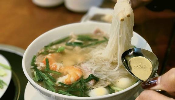 Minh Châu - Cơm Tấm & Hủ Tiếu Nam Vang - Tuệ Tĩnh