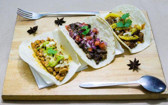 KoF Taco - Đồ Ăn Đường Phố Mexico